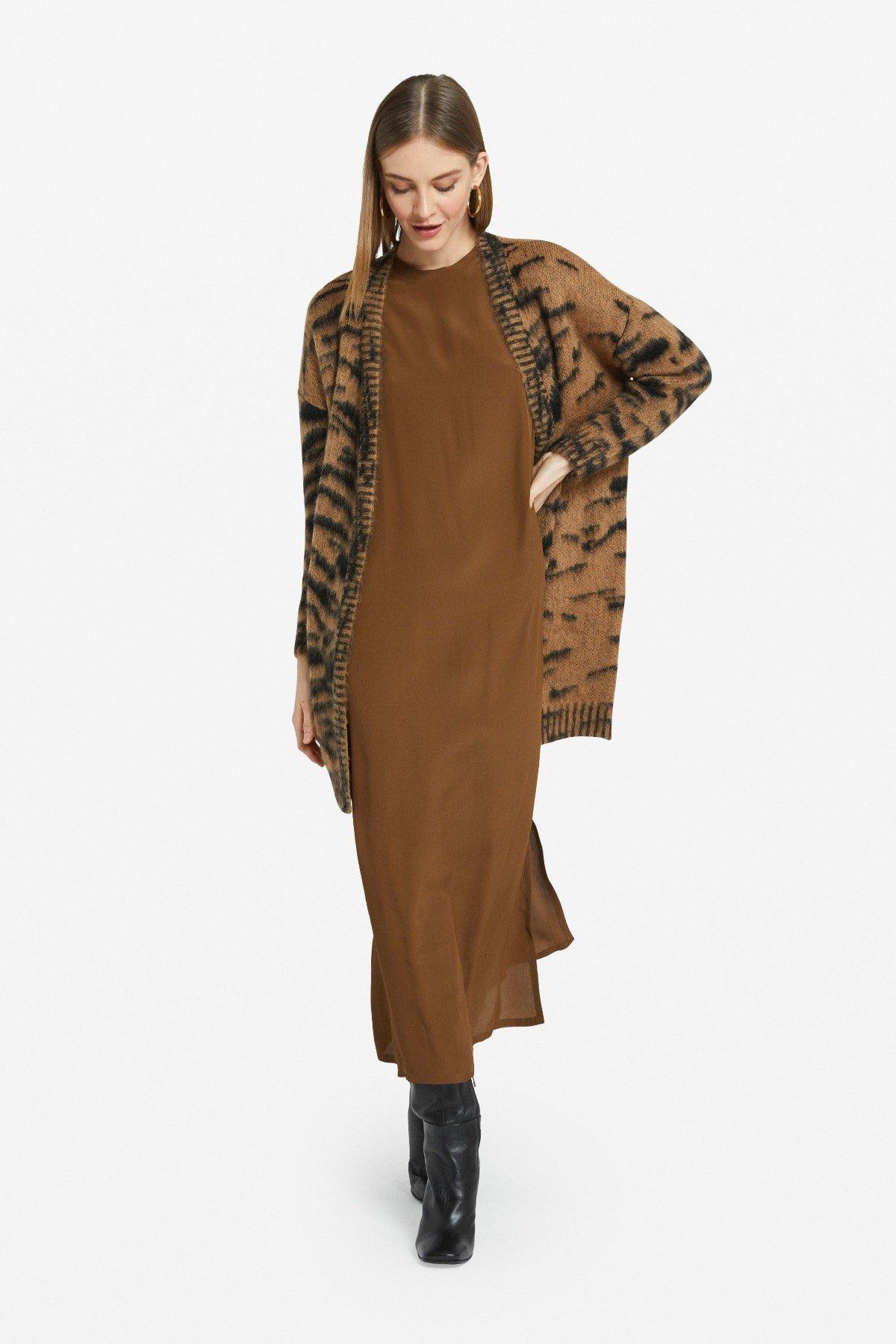 Long-sleeved long dress