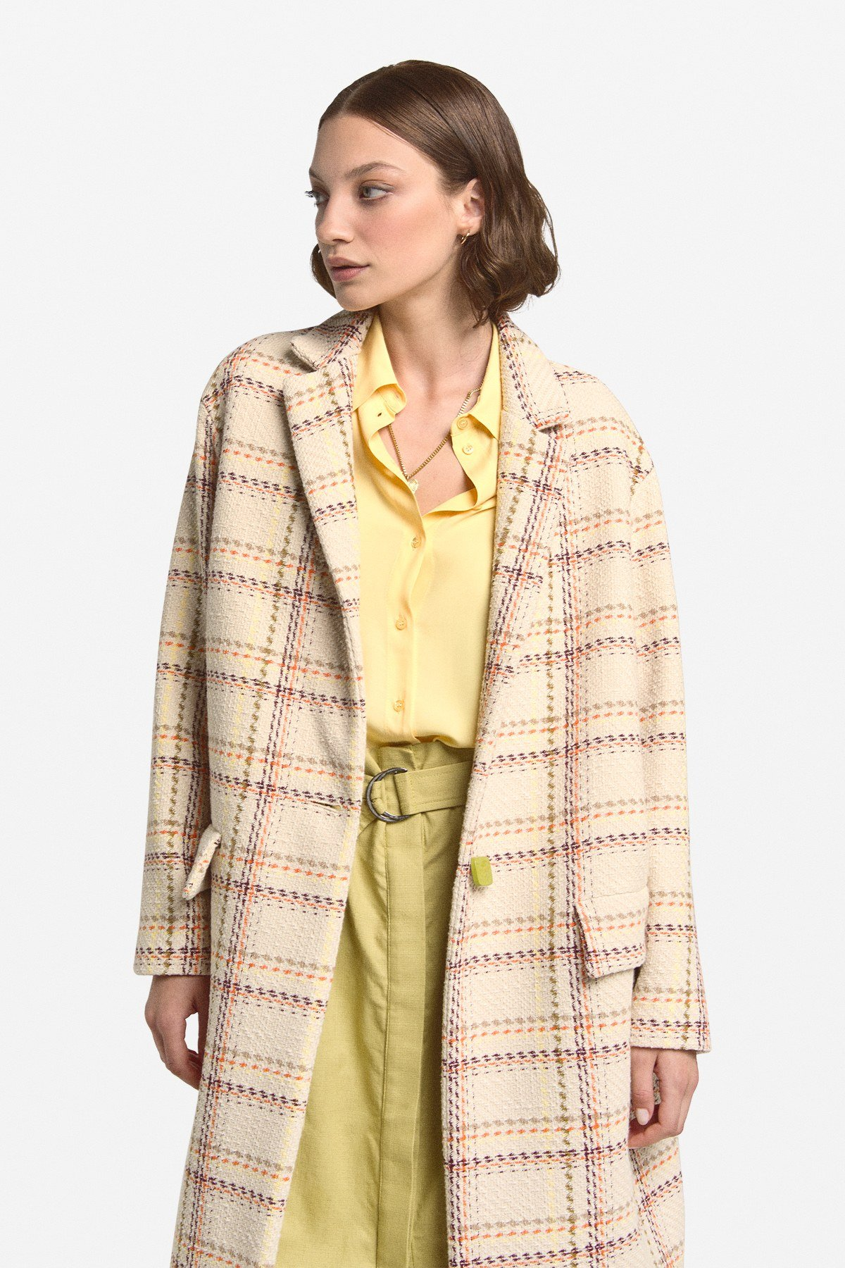 1 button's overcoat with pockets