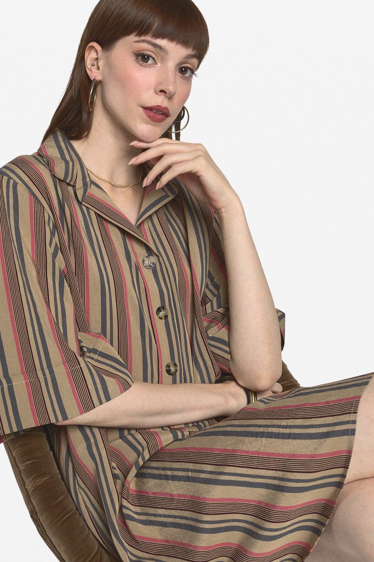Mini dress with shirt neckline