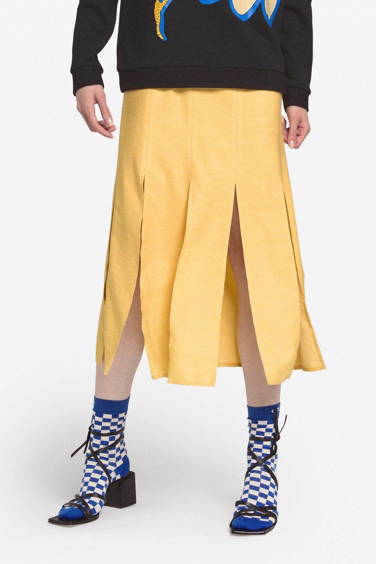 Midi skirt with slits