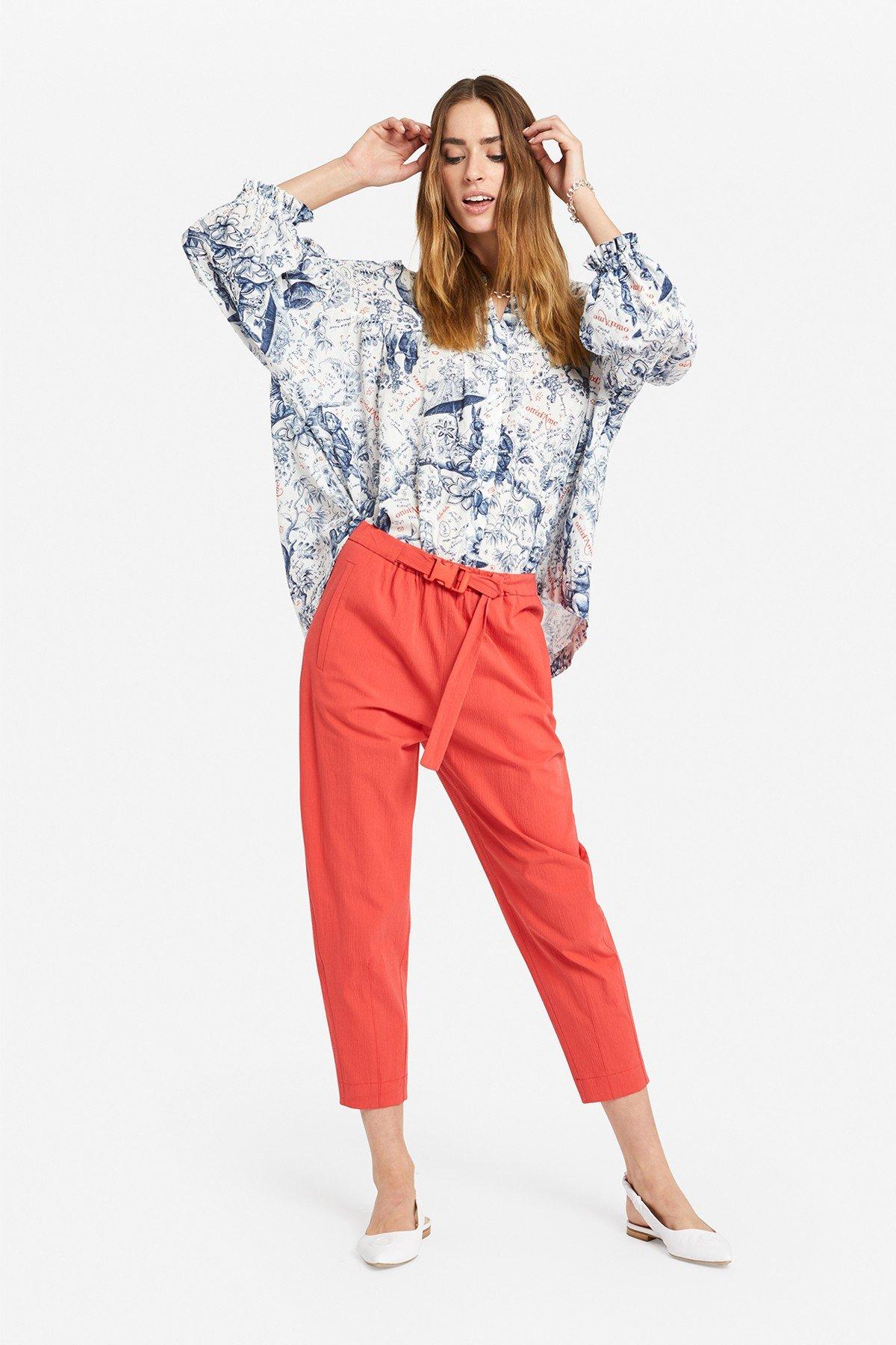 Oversized blouse with 'Biosfera' print