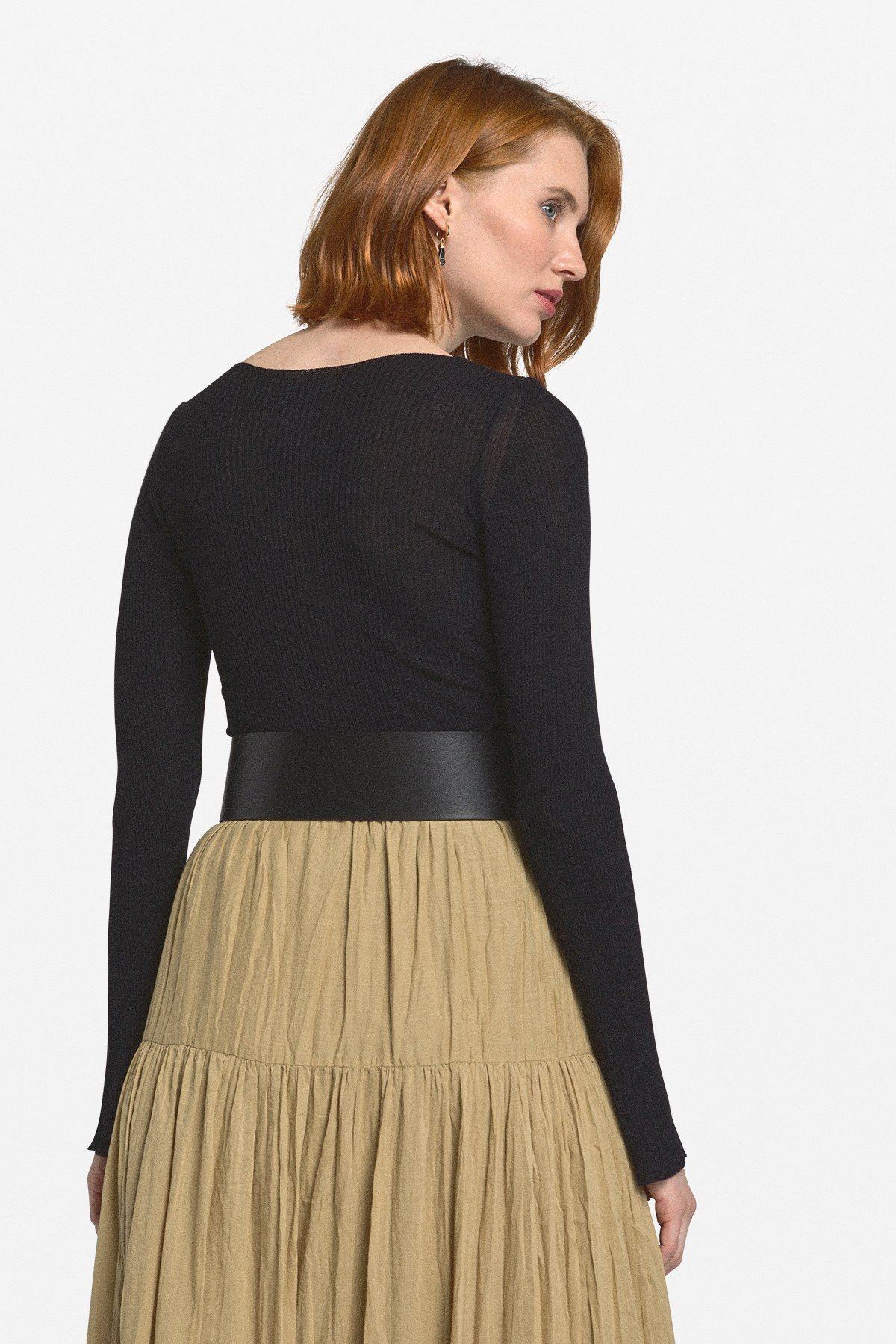 Viscose and silk sweater