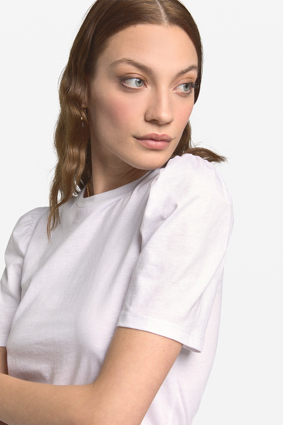 T-shirt with tucks