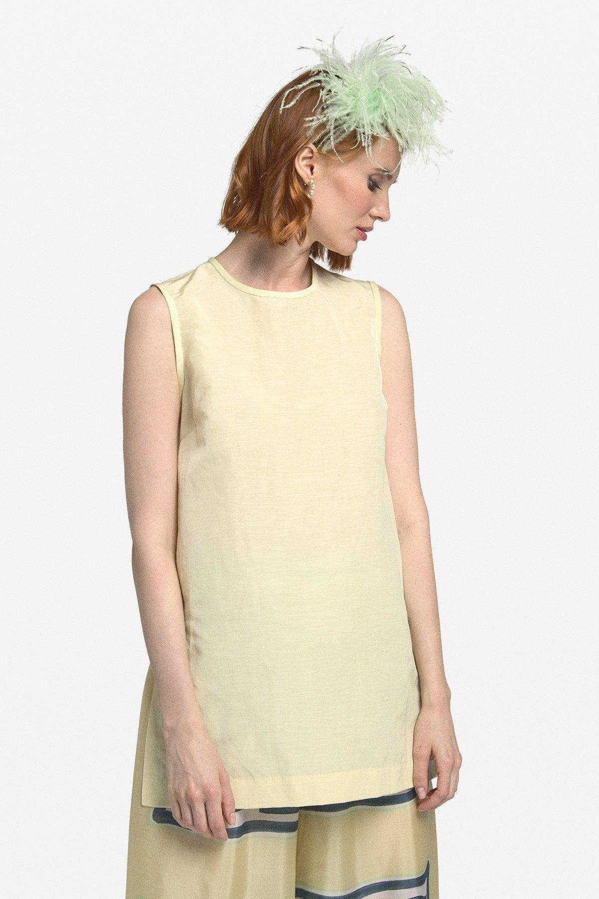 Linen blend oversized vest