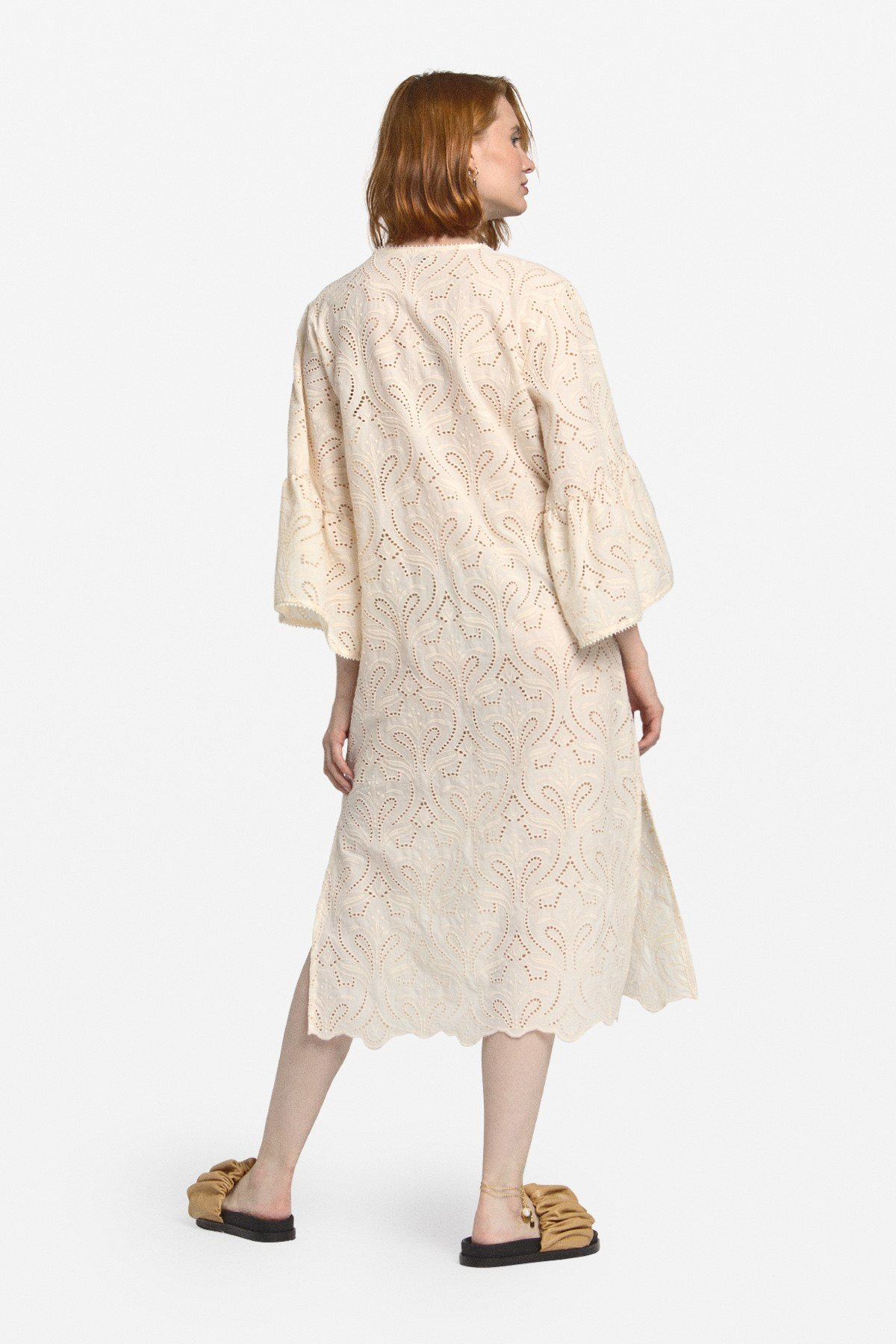 Embroidered cotton dress with slits