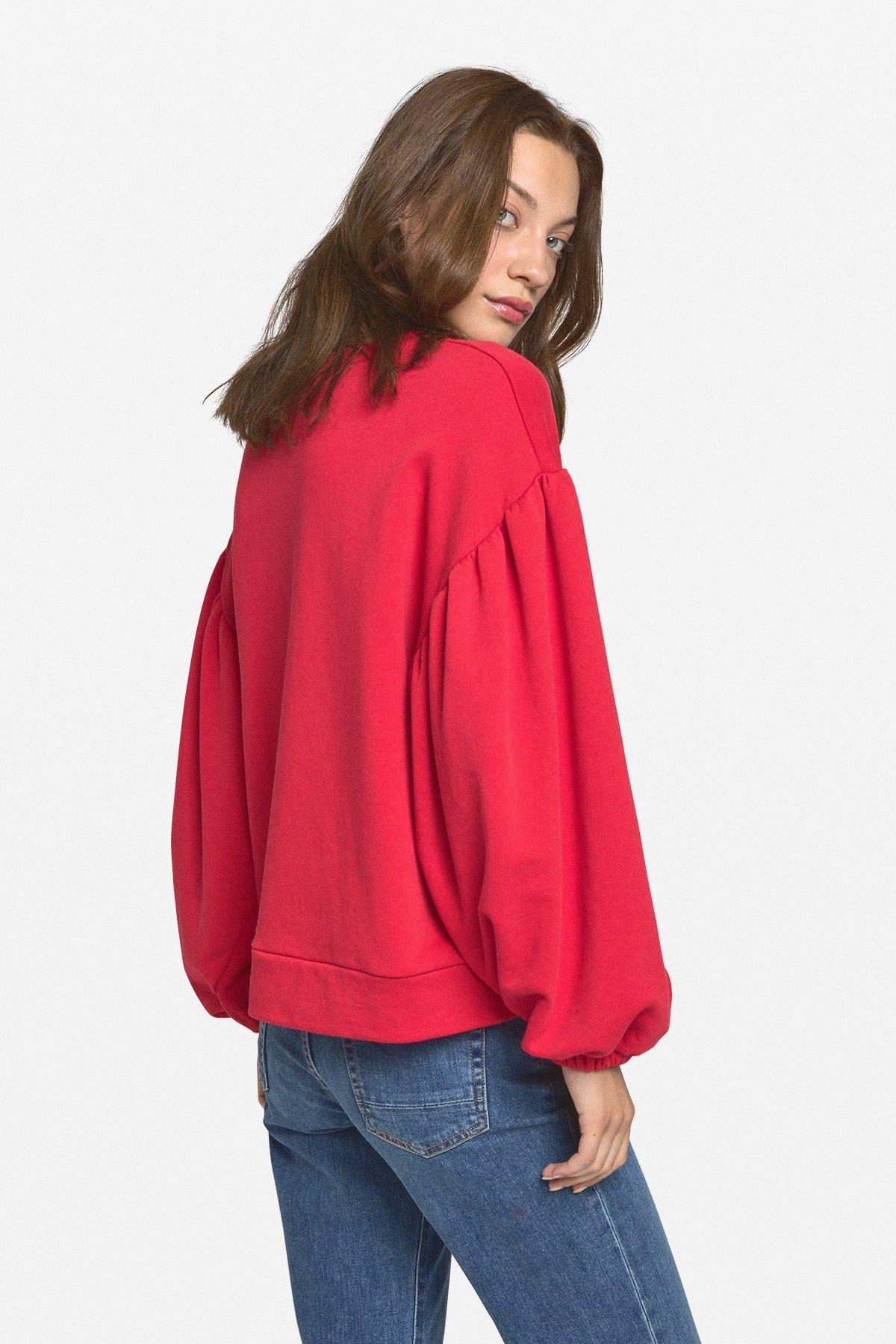 Sweatshirt with balloon sleeves