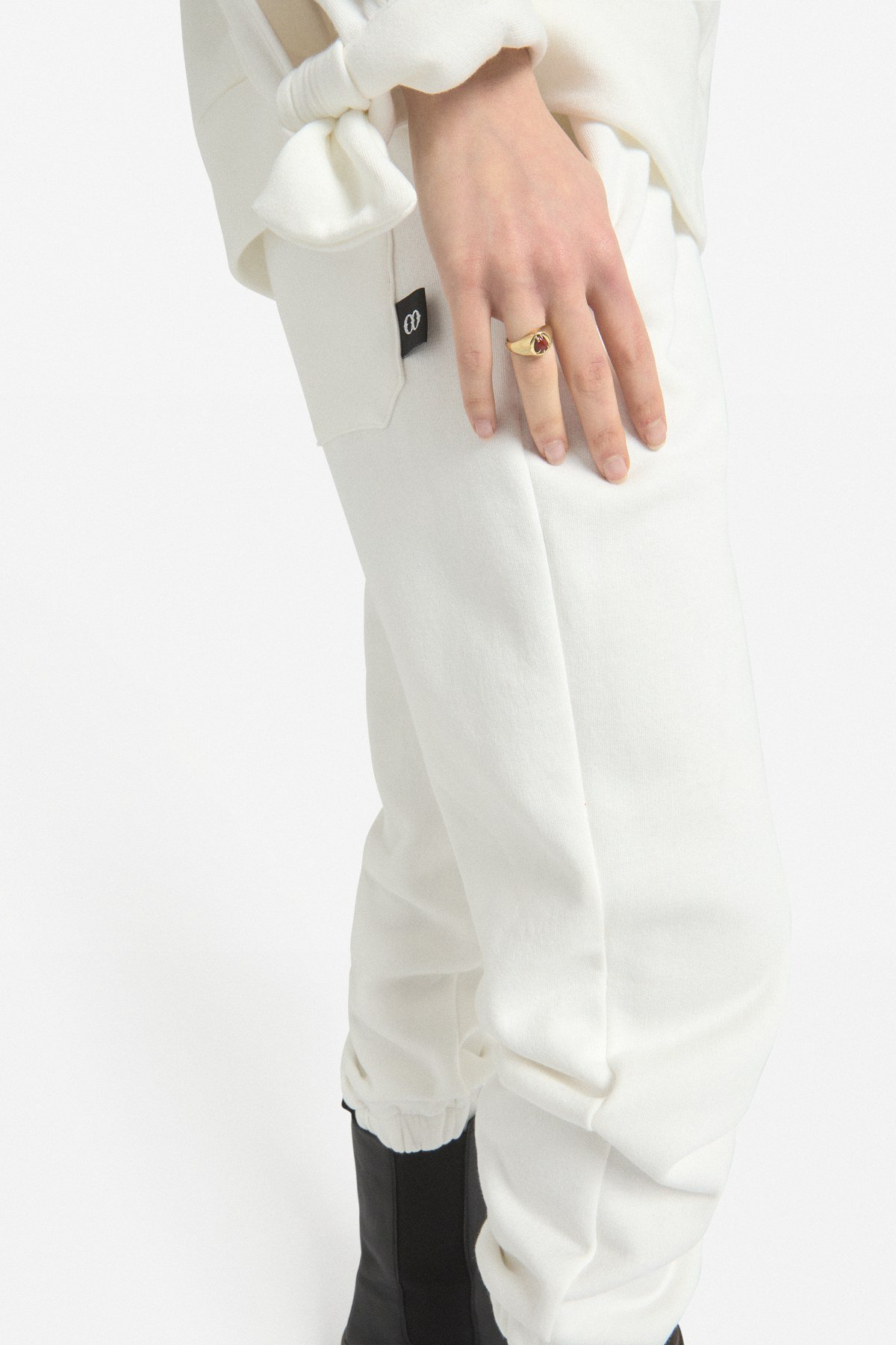 Cotton jogger with drawstring