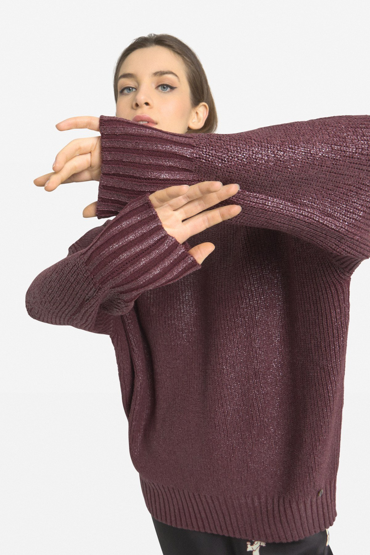 Polo-necked pull