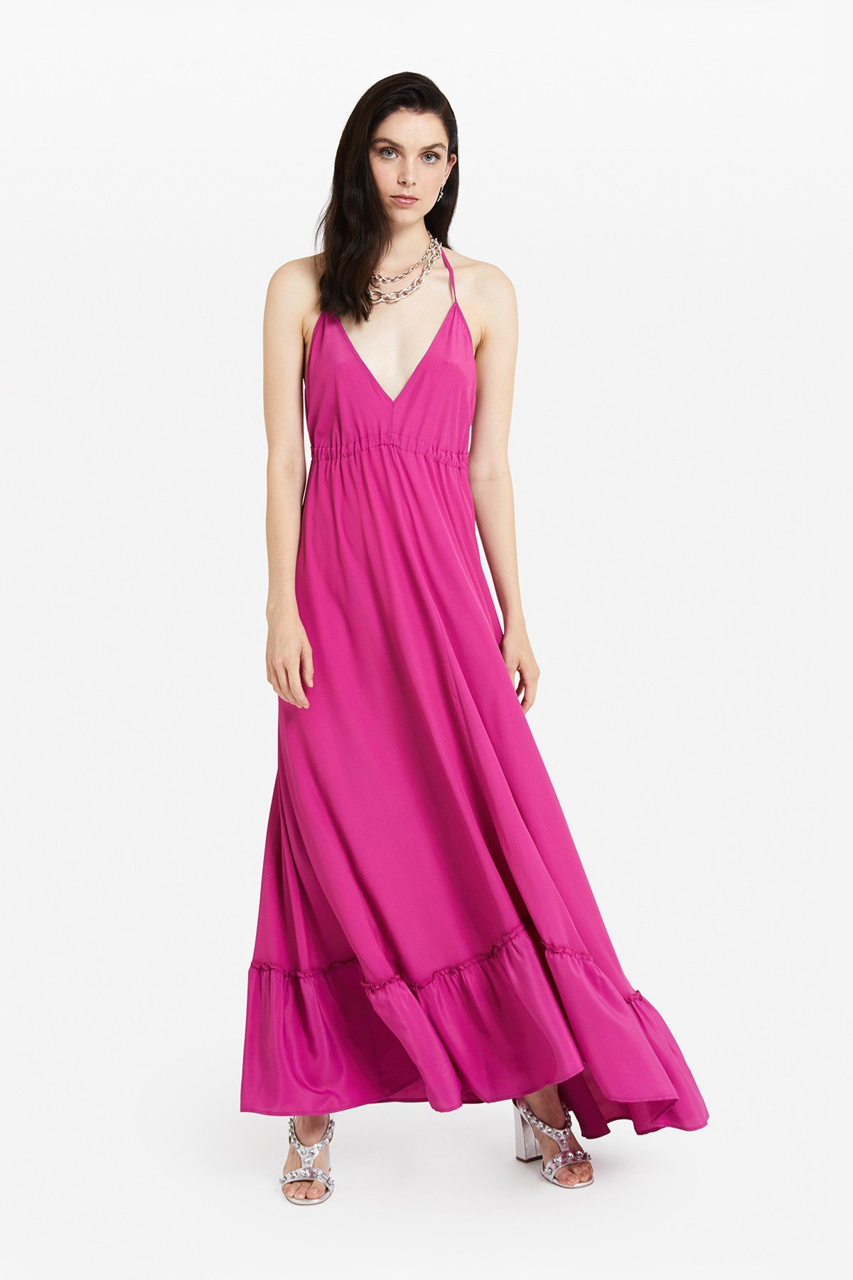 Long dress with ruffle at the bottom