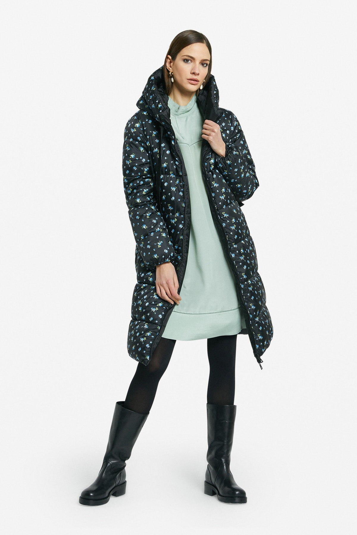 Long reversible quilted coat