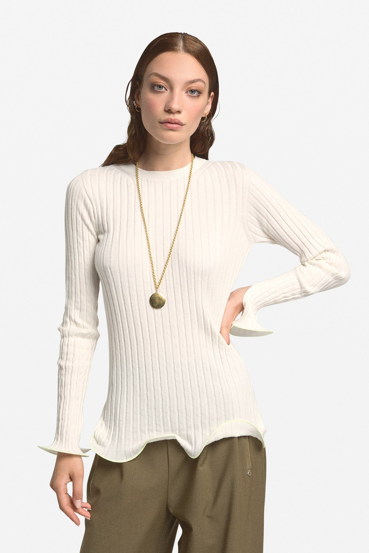 Ribbed stretch sweater