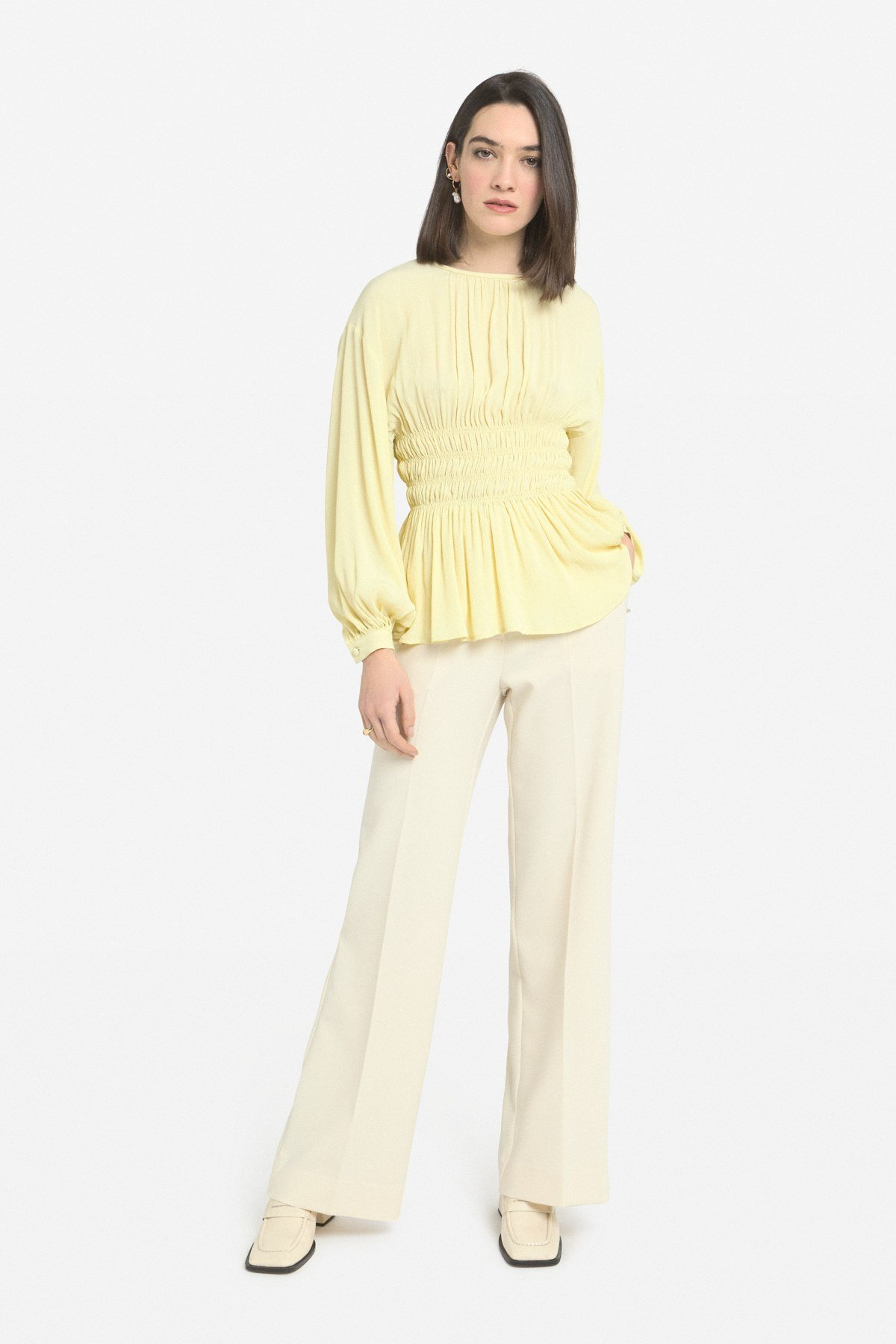 Sweater with maxi elastic band at the waist