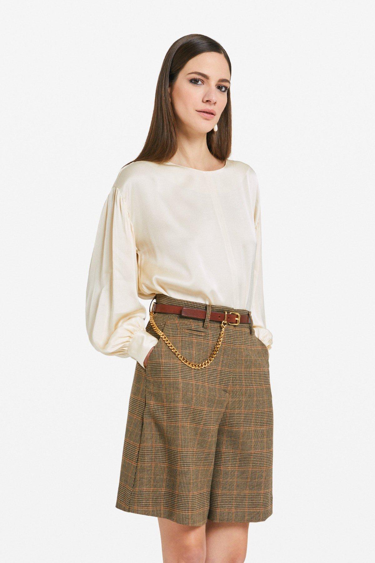 Viscose sweater with round neckline