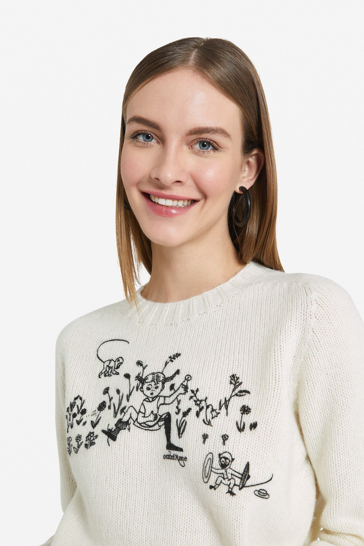Wool jumper with embroidery
