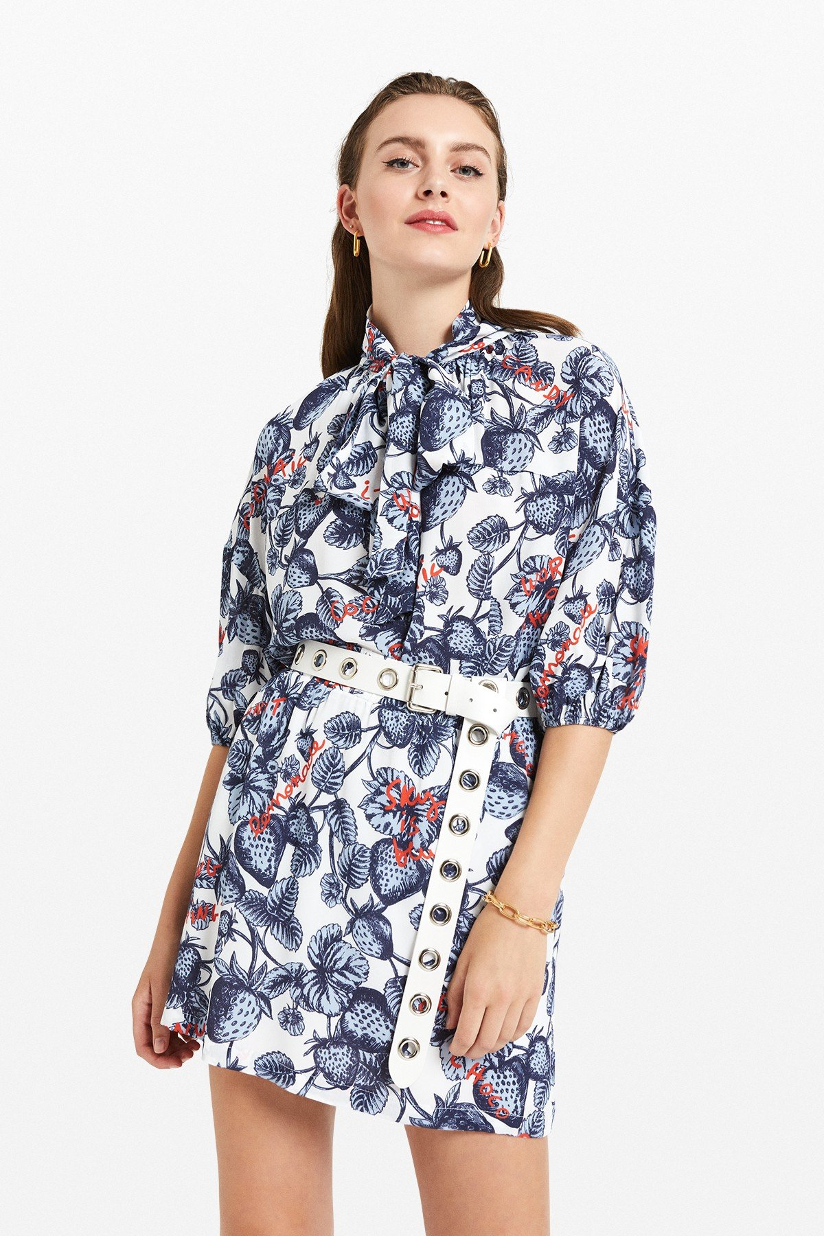 Viscose shirt with 'Strawberry' print