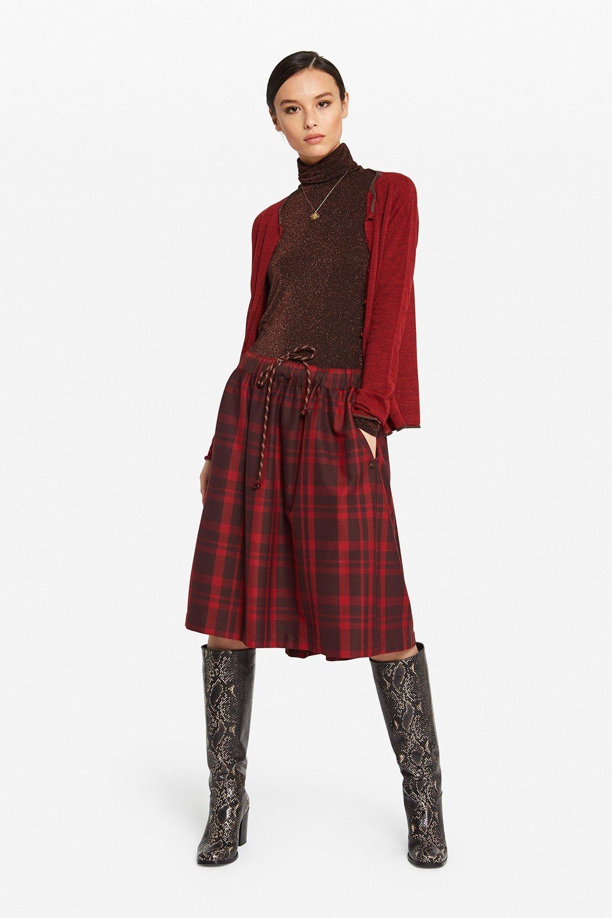 Pleated Tartan midi skirt