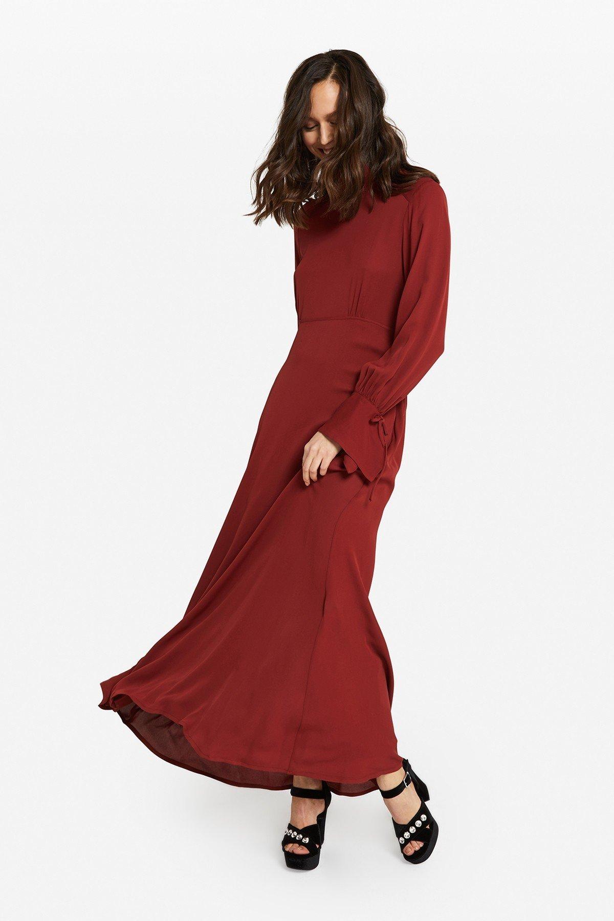 Viscose long dress with bare back