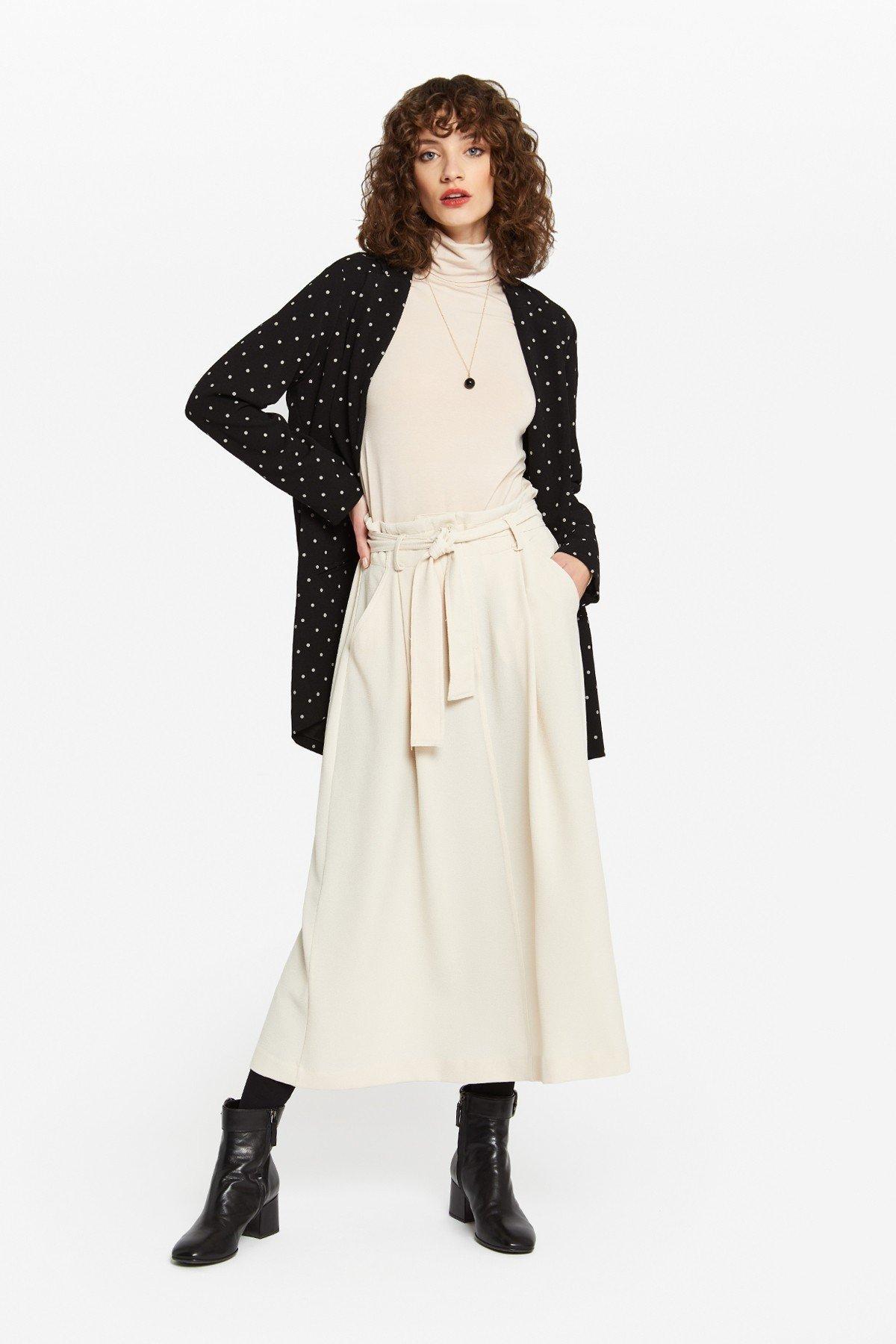 Oversized skirt with sash