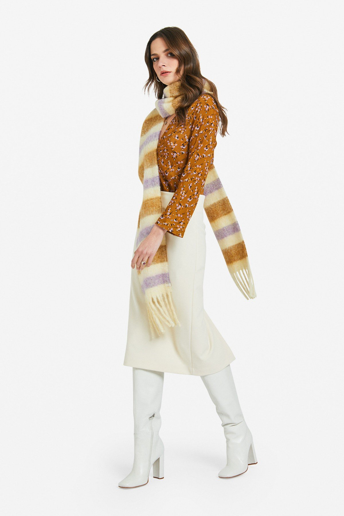 Soft scarf with lurex