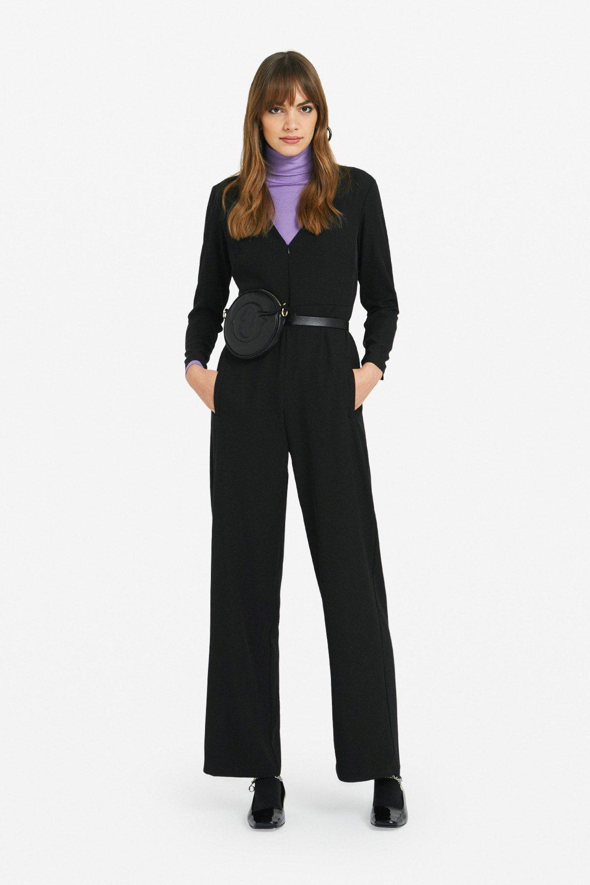 Jumpsuit with zipper