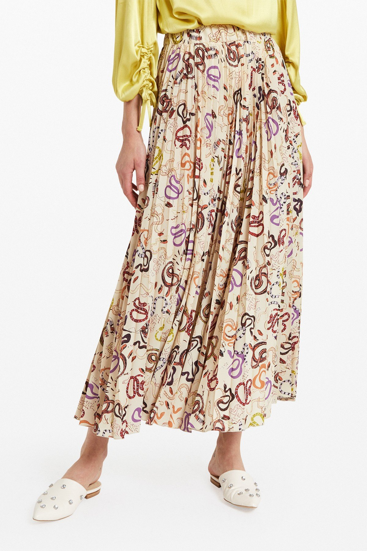 """Pleated long skirt with """"Snake"""" print"""